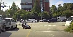 오토바이 미접촉사고 / 의견 여쭤봅니다.ㅠ